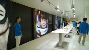 Samsung-Galaxy-S5-stand-1-mondo3