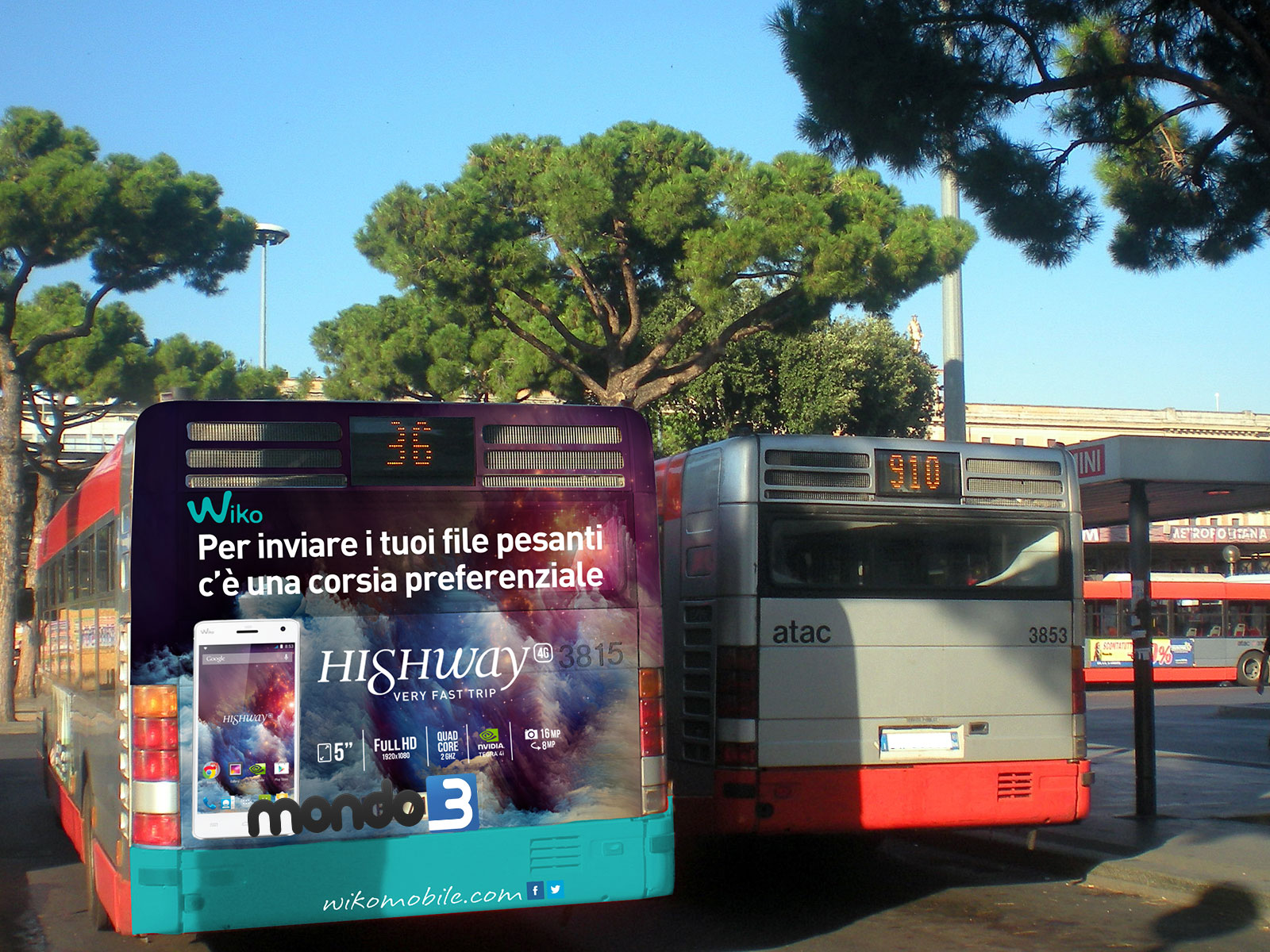 Wiko Highway 4G campagna autobus Roma Il tuo mondo in un istante 4G.jpg
