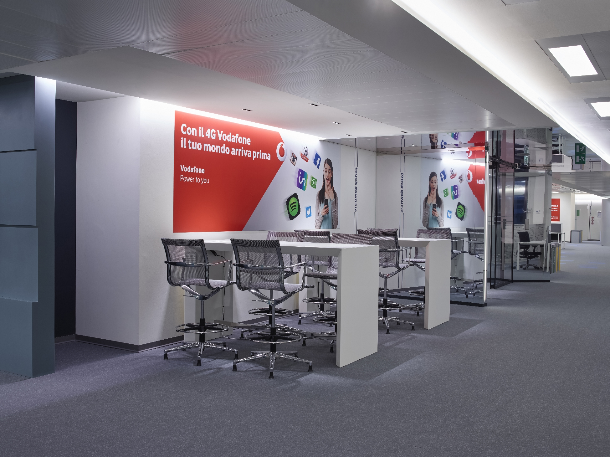 Vodafone la sede legale torna in Italia E dal nome s pare Omnitel…