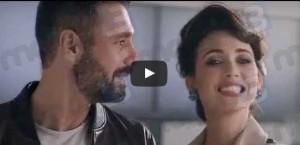 Raoul Bova e Chiara Francini nello spot TV di 3 Italia