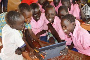 Fondazione Vodafone - Instant Schools for Africa
